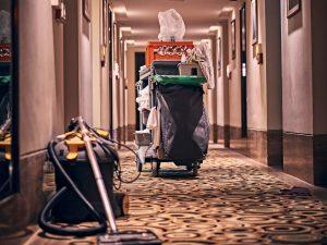 Cómo mantener una correcta limpieza de pisos turísticos